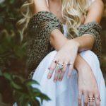 Ako si vybrať a nosiť šperky, aby vyzerali vždy ako miliónové